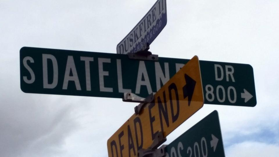 Image of South Dateland street sign / Photo by Alberto Rios
