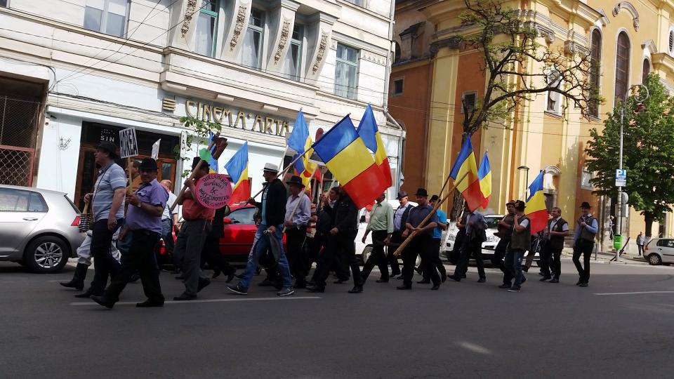A Romanian street protest / Photo by Matthew Evans
