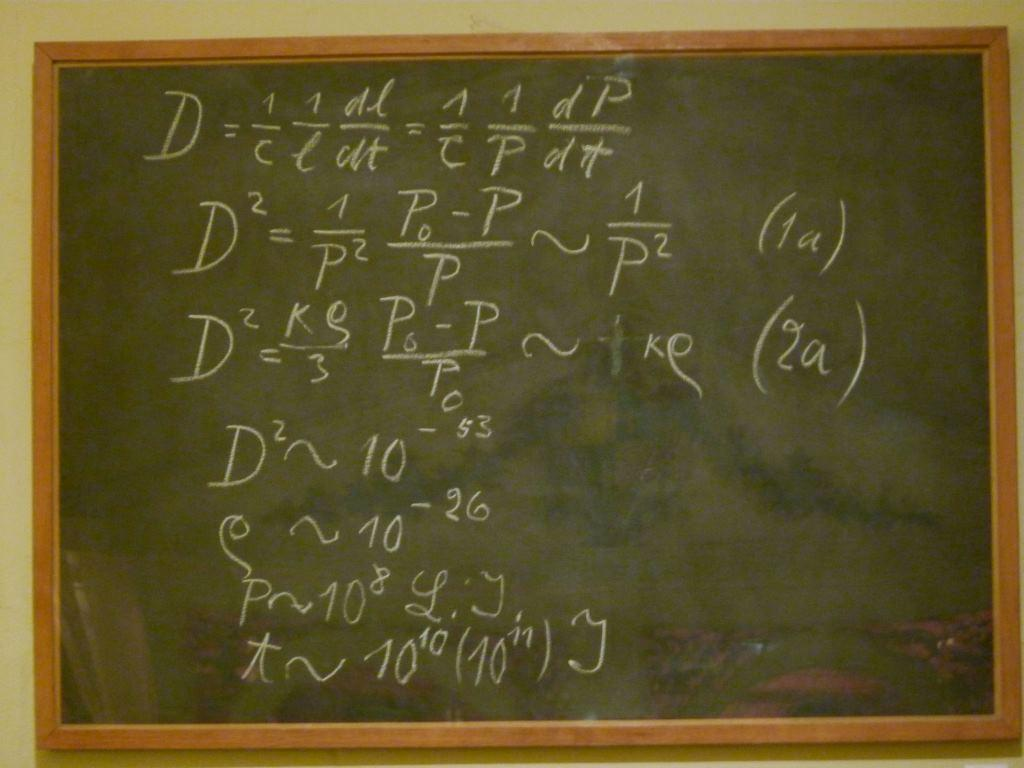 A blackboard used by Albert Einstein in a 1931 lecture in Oxford. Museum of Science, Oxford. / Photo by decltype on Wikimedia.